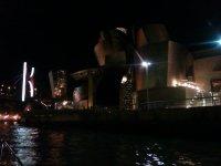 Paseo nocturno Barco Bilbao La Mar de Bien