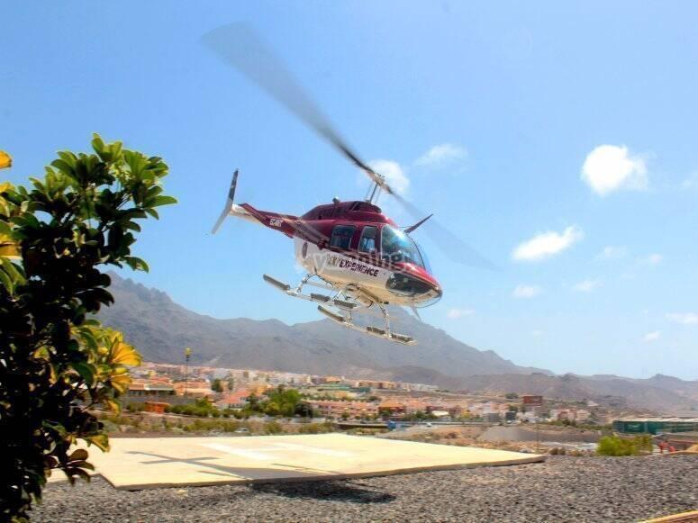 Helicóptero llegando a tierra