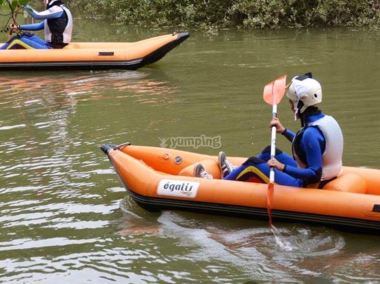 Canoa y pala