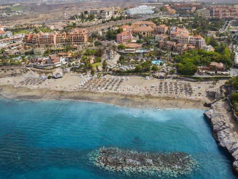 Zona hotelera de la isla desde el helicóptero