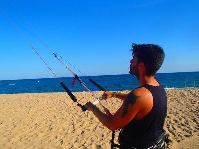 Curso iniciación al kitesurf en Malgrat 7 horas