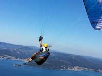 Controlling the paraglider