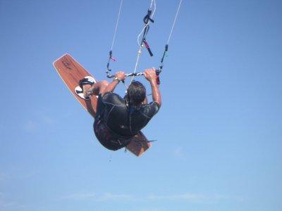 在Malgrat进行风筝冲浪,2小时
