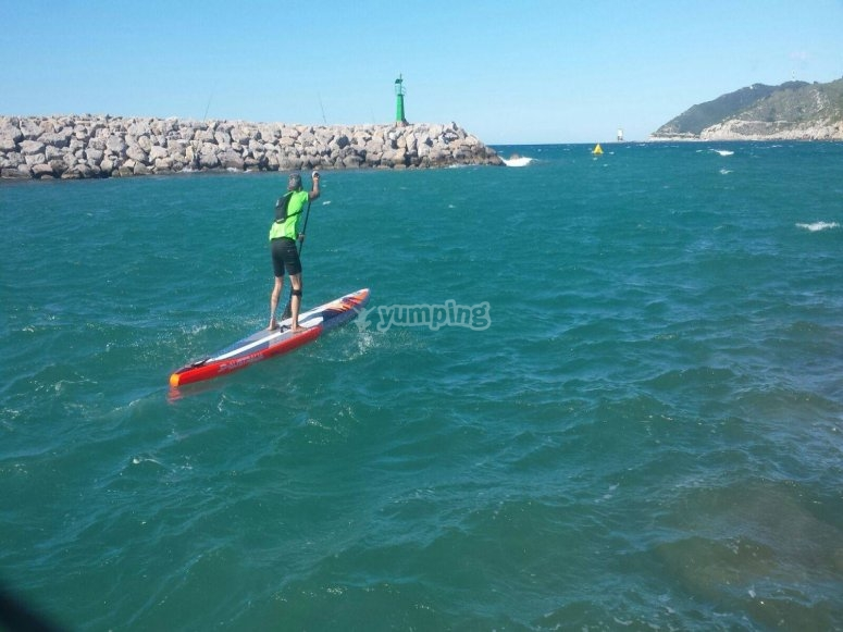 Stand up paddle surfing session