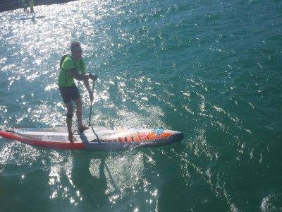 划桨冲浪在Gavà解释,1小时