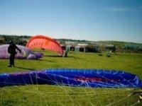 我们参加滑翔伞课程