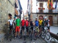 Visita al centro del pueblo en bici