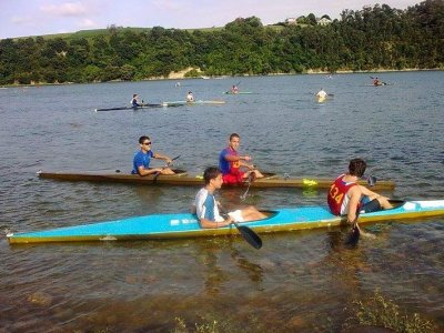 Single kayak rent in Santander, 2 hours