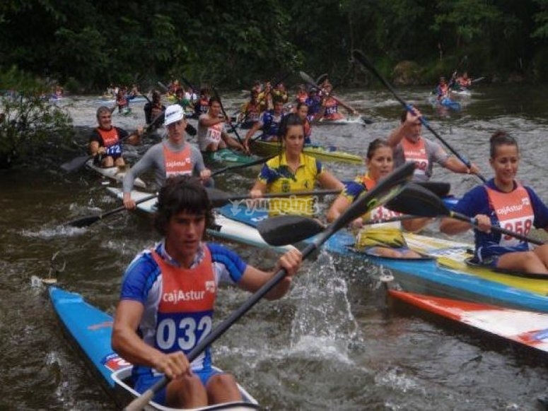 Canoe competition