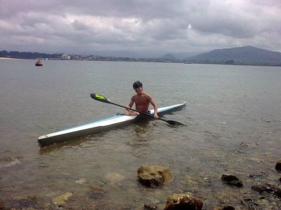Private canoeing lessons in Santander