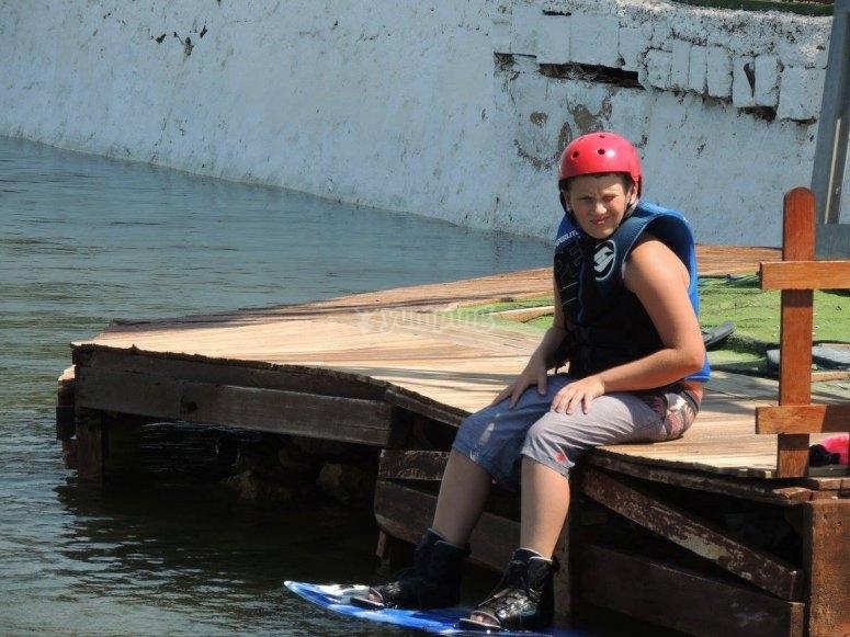 Equipado para hacer wakeboard