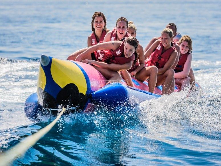 香蕉船转弯