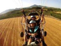 在哈恩(Jaen)起飞滑翔伞