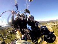 双人滑翔伞飞行与哈恩教官