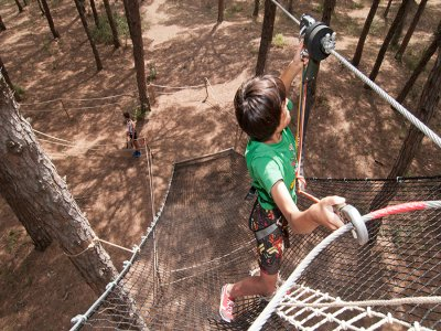 Parque de aventura en Pals 5 circuitos
