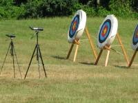 Hacemos pequeñas competiciones de tiro con arco
