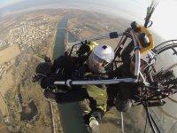 加泰罗尼亚的滑翔伞飞行