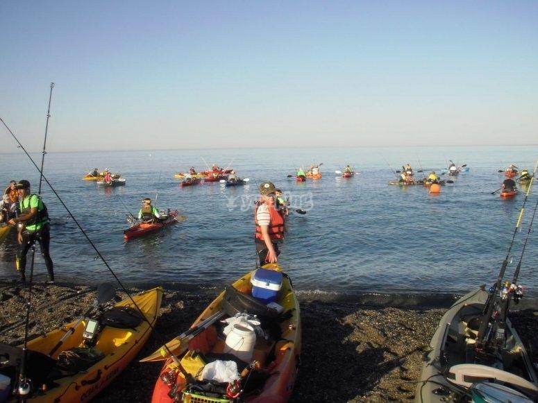 Embarcaciones con aparejos de pesca
