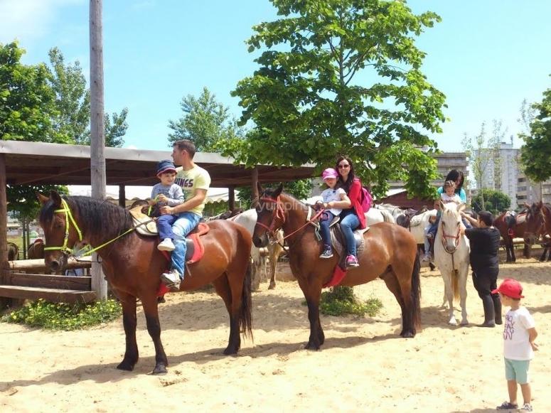 Horseriding in family