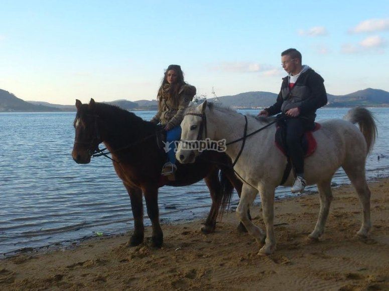 Horseriding in couple