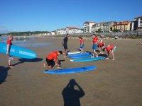 Aprendiendo surf en Hondarribia