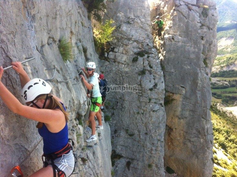 铁索攀岩在福拉达达toscar