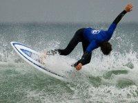 aprende a surfear con nosotros