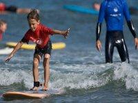 clase de surf para los peques