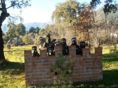 Partida de paintball con 100 bolas, en Piedralaves