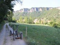 Segways de montana en el camino