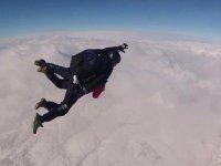 Saltos en paracaídas