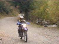 Acelerando en carretera rural