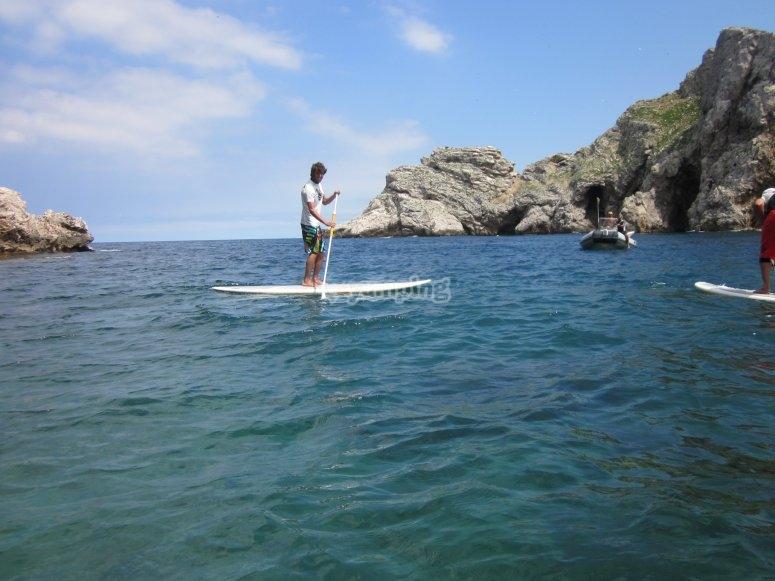 Navega por la costa en SUP