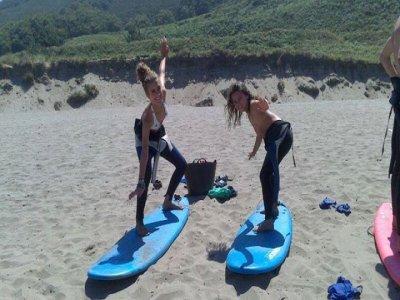 Surfcamp con 2 clases diarias en Asturias