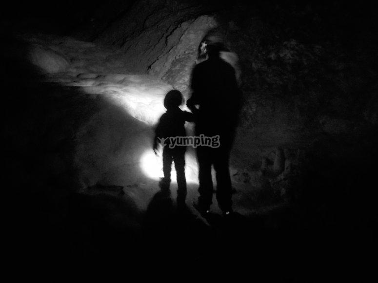 Espeleología familiar en Ainsa