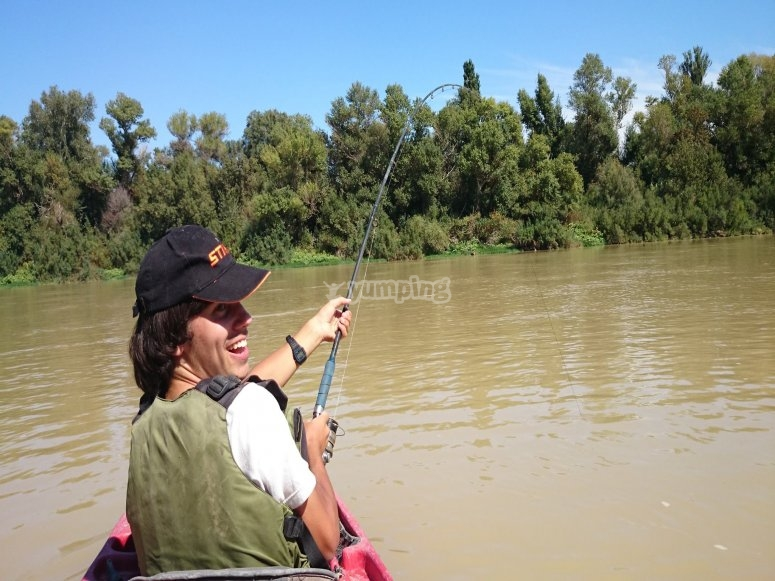 Pescando en kayaks