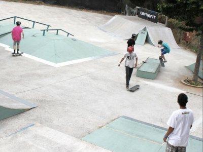 校园学前滑冰,滑板车,rolle
