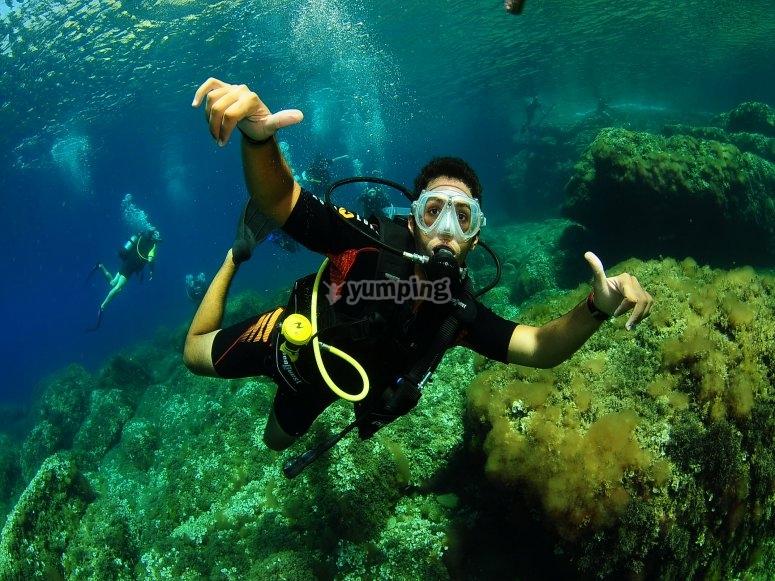 伊维萨岛潜水课程