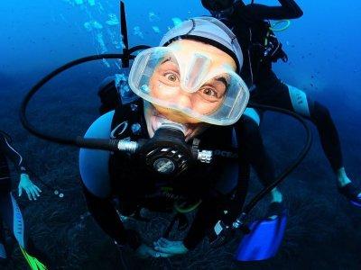 Inmersiones de buceo en San Antonio bono de 4