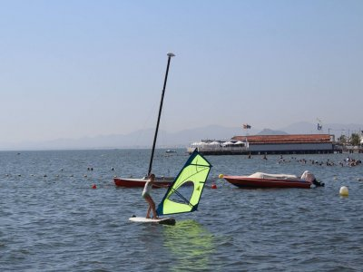 Windsurf Equipment Rental - 1h