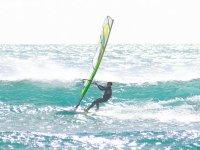 Windsurf en la playa