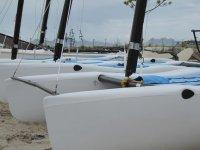 Catamaran en tierra