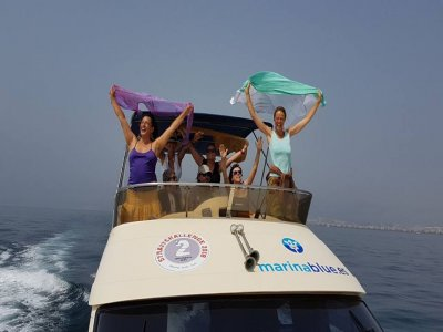 Marina Blue Paseos en Barco