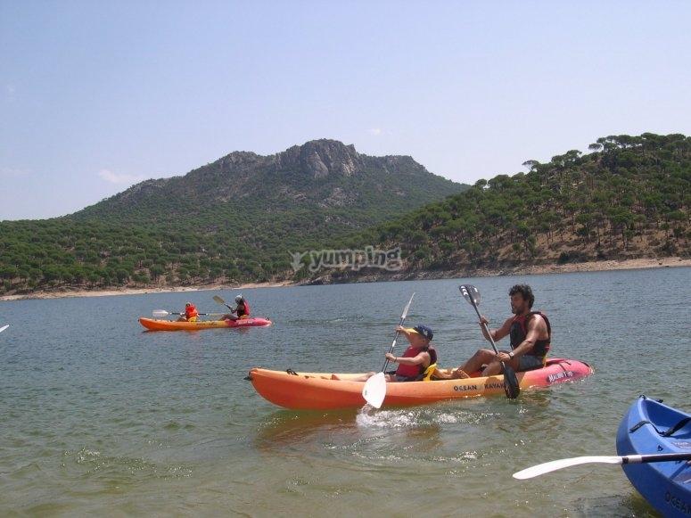 Family canoeing ride