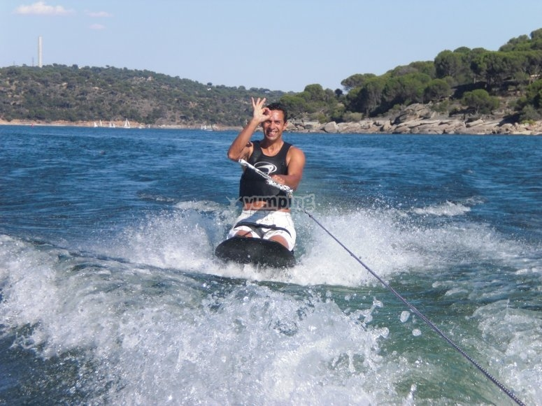 Kneeboard en el embalse