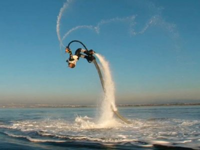15-minute flyboard ride in Playa d'en Bossa