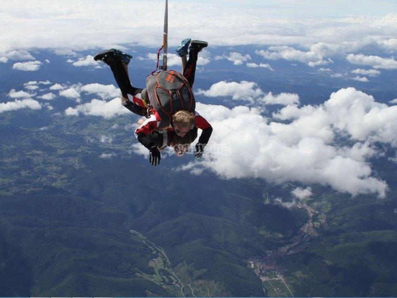 Paracaidismo con instructor