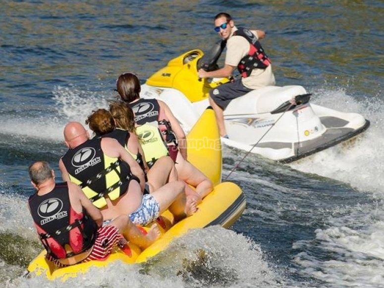 Paseo en banana boat