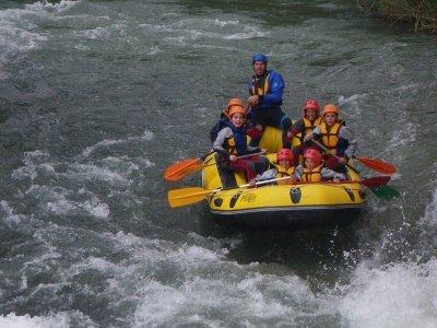 卡布里埃尔河上的漂流或独木舟3小时