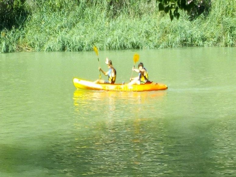 Partenza in kayak sul fiume tandem in Cabriel